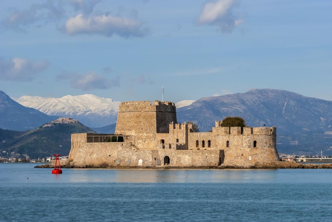 'Bourtzi castle in Nafplio city Greece' - Ναύπλιο